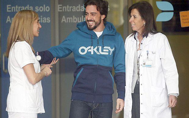 Fernando Alonso crash piles pressure on McLaren as Flavio Briatore questions 'very strange' version of events - Telegraph