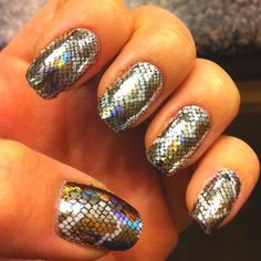 Fish Scale Minx Nails