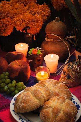 La ofrenda del Día de Muertos y el significado de... |