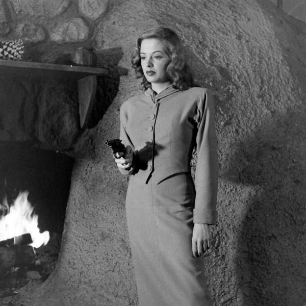 (Never) Out of the Past: Film Noir and the Poetry of Lynda Hull
