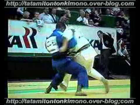 Judo video  [-73kg] Hector Lombard (CUB)  Daniel Fernandes (FRA) World C...