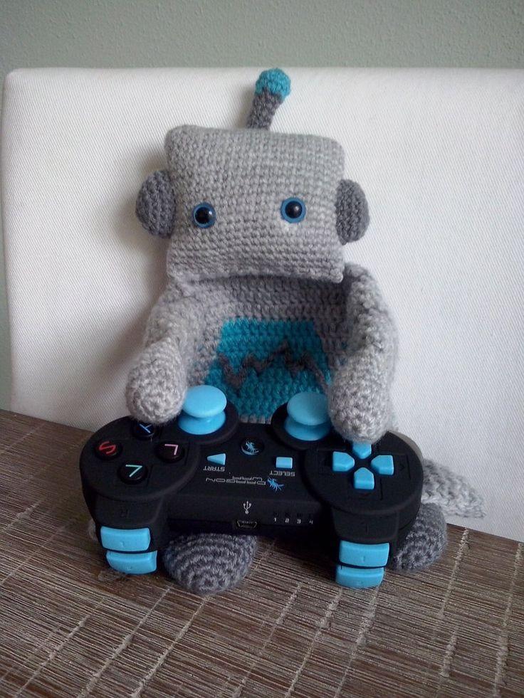 Robot Ragdoll by femjo.deviantart.com on @DeviantArt