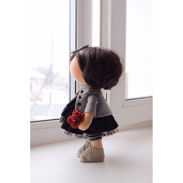 Куколка... #тильда #своимируками #сделайсам #автопртрет #авторскаякукла #интерьер #интерьернаякукла #январь#кукла #рукоделие #ручнаяработа #подарок