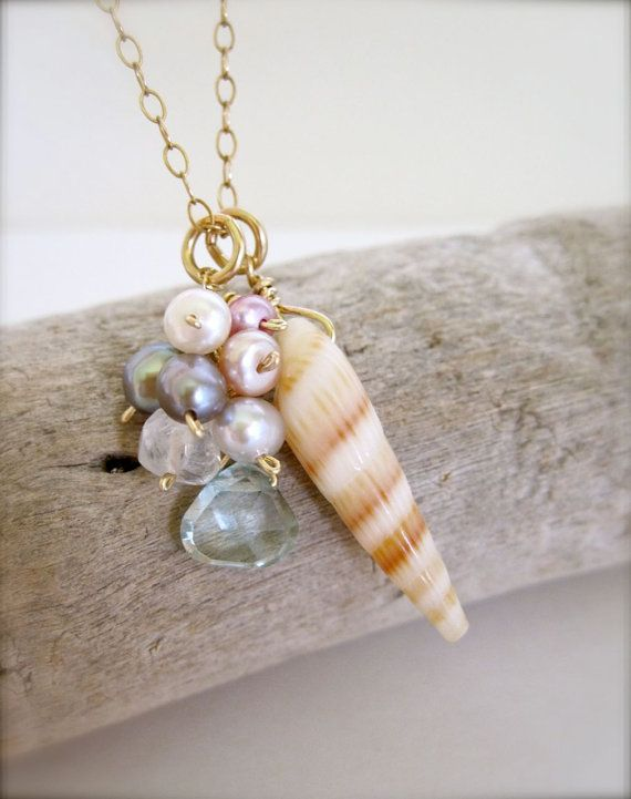 California beach girl shell necklace - modern summer jewelry
