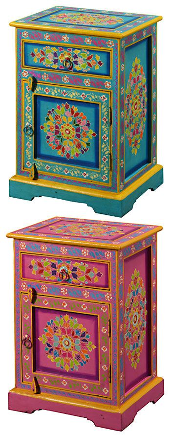 Handpainted indian bedside cabinet http://www.pinterest.com/xiriam/loving-gypsy-decor/ #bedside_cabinet #handpainted #indian