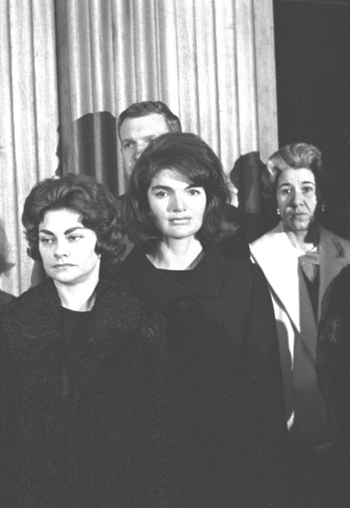 """Jacqueline Kennedy comes out of seclusion to attend a special ceremony citing her Secret Service man, Clint Hill, for his """"exceptional bravery"""" in trying to protect President Kennedy and herself when the President was gun down in Dallas. Mrs. Kennedy is photographed here with Gwen Hill, Mr. Hill's wife. ♥❃❋✽✾❀❃ ♥ http://en.wikipedia.org/wiki/Jacqueline_Kennedy_Onassis http://en.wikipedia.org/wiki/Clint_Hill_(Secret_Service)"""