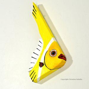 YellowFish1069.jpg