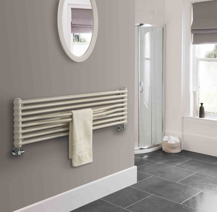 The Radiator Company Tesi Cruise Horizontal Designer Radiator, a high quality Italian design and manufacture on this steel multicolumn radiator. Available in White RAL9016 as standard, but other RAL colours and finishes are available if wanted, please call us on 01452 883828 or email us on sales@warmrooms.co.uk to discuss further. Complete with a 10 year guarantee. Prices from £824.64