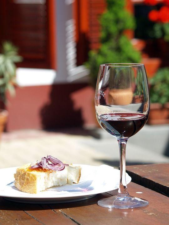 Ha llegado la hora de tomar el #aperitivo contigo #vino #Jerez #tempranillo #Entrechuelos  http://tienda.bottleandcan.es/es/tierra-de-cadiz/335-vino-entrechuelos-tinto-cosecha-75-cl.html  #wine #winelover #beer #craftbeer #riberadelduero #rioja #rueda #toro #jumilla #cigales #viñedo #vineyard #uva #grape #vendimia #vintage #TiendasOnline #Gourmet #bottleandcan #Granada #Andalucia #Andalusia #España #Spain www.tienda.bottleandcan.com 🍷🍴 📞 +34 958 08 20 69 📲 +34 656 66 22 70