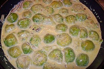 Rosenkohl in Curryrahmsauce mit Schmelzkäse   – Essen
