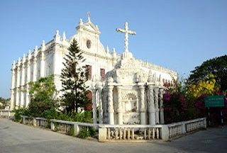 Facts about Daman & Diu   Daman and Diu.  Union Territory of Daman and Diu comprises two districts namely Daman and Diu. Both Districts are situated on western coast of India at a distance of about 700 kms. Daman is the head Quarter of this U.T. Daman is on main land near southern portion of Gujarat State. Vapi is the nearest Railway Station (13 kms) which is on Western Railway between Mumbai and Surat. Vapi is 167 kms from Mumbai Central and 95 kms from Surat.  Administrator:Vikram Dev Dutt…