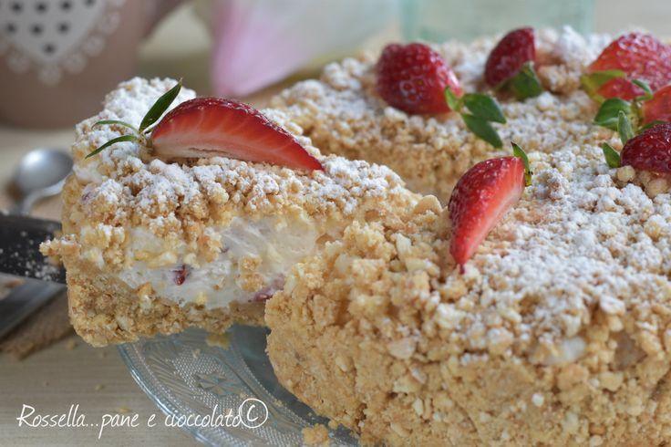 La Sbriciolata alle Fragole e Mascarpone senza cottura e' una torta fresca velocissima perfetta se amate un dolce veloce veloce!