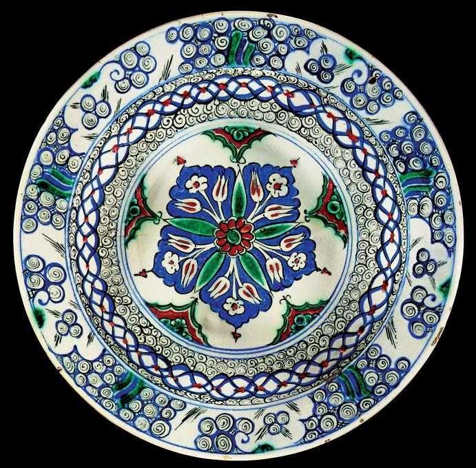 Iznik Tile: A Fine Iznik Polychrome Dish Circa 1575 Lot 168