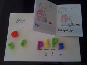 Free phonics games, resources, Jolly Phonics + Speech Sound Pics Resources for Teachers, Parents from Read Australia http://www.readaustralia.com/free-reading-spelling-info.htm