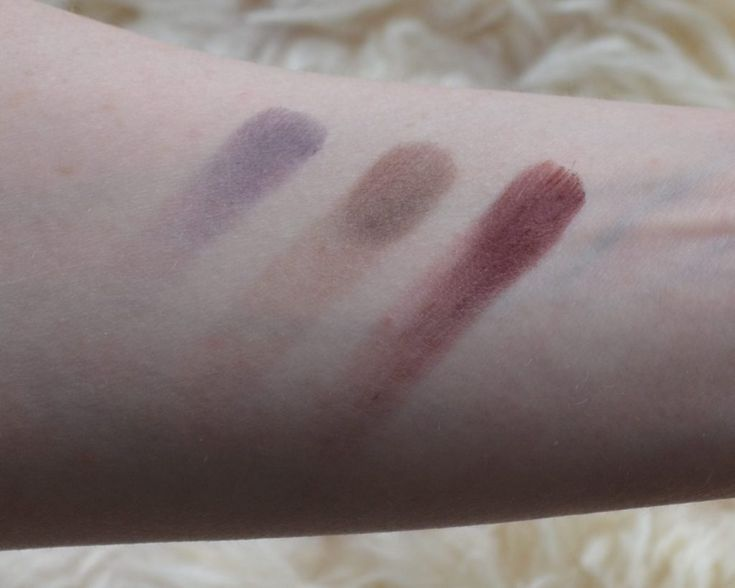 MAC eyeshadow swatches from left to right: Indian Ink, Embark, I'm Into It