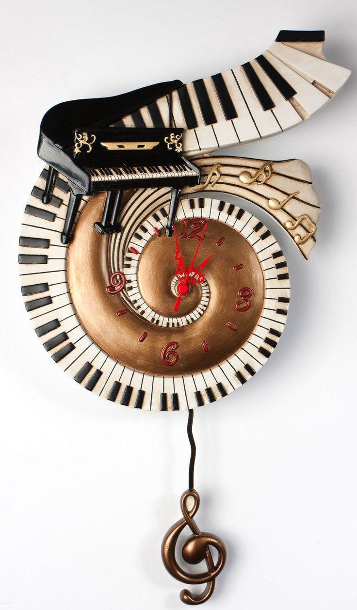 Unusual Piano keyboard clock