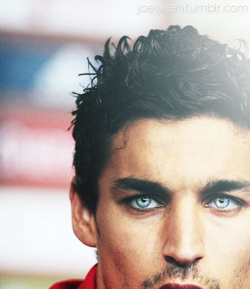 Jesus Navas-Jesús Navas González is a Spanish footballer who plays for Sevilla FC in La Liga.