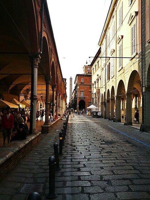 Strada Maggiore #bologna http://bulaggna.ning.com/