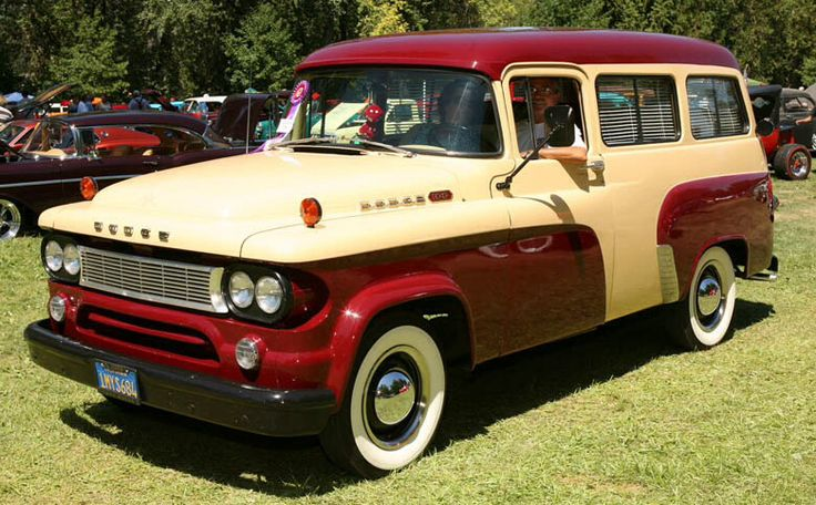 1962 Dodge Town Wagon.