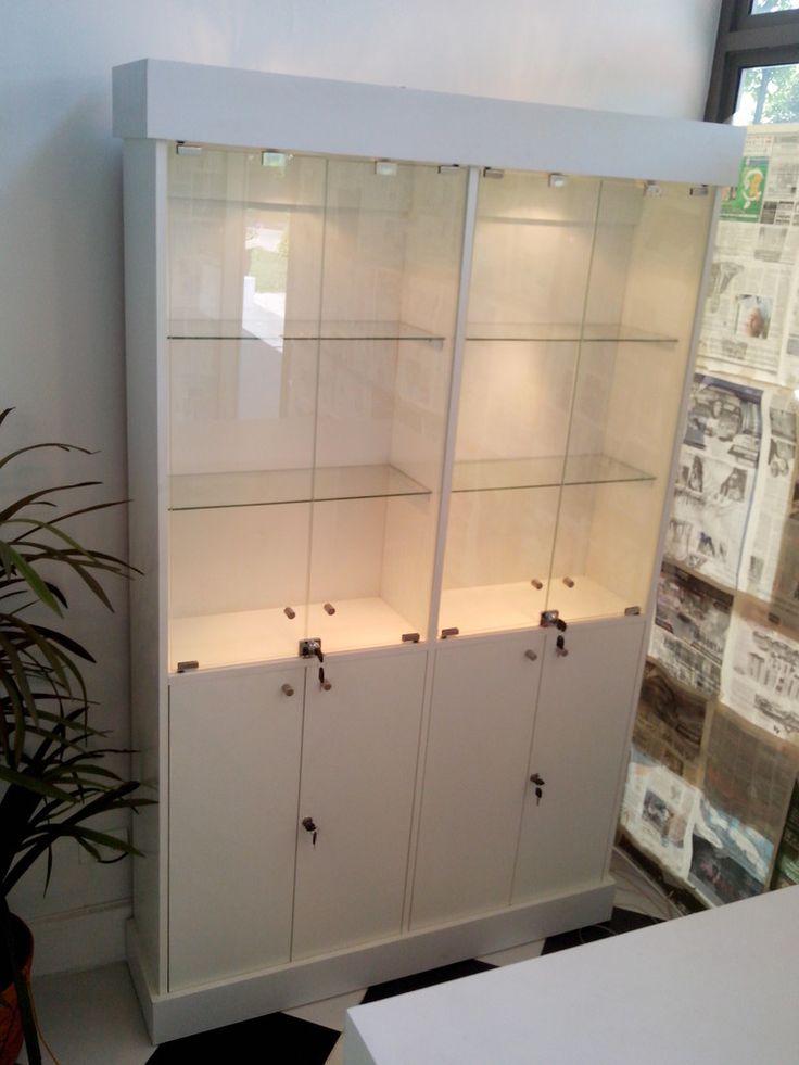 M s de 25 ideas incre bles sobre vitrinas para negocio en - Vitrinas empotradas en pared ...