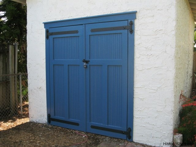 17 best ideas about shed doors on pinterest pallet door for Build carriage garage doors