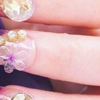 ���� The Bouquet ���� Code : INA 0005 Price : 199.000 ROYAL FAKE NAILS - KUKU PALSU MEWAH __________________________________ 1 set isi : �� 8 pcs kuku palsu 3D purplicious flower & diamond �� 16 pcs kuku palsu cantik gradasi pink & ungu �� Free 1 double tape untuk kuku palsu �� Free 1 nail buffer / kikiran kuku �� Kuku sudah preglued (lem melekat di kuku) bisa langsung dipakai, nyaman, aman, dan praktis; boleh juga ditambahkan lem kuku jika ingin lebih kuat, belum termasuk lem nya ya sis ^^…