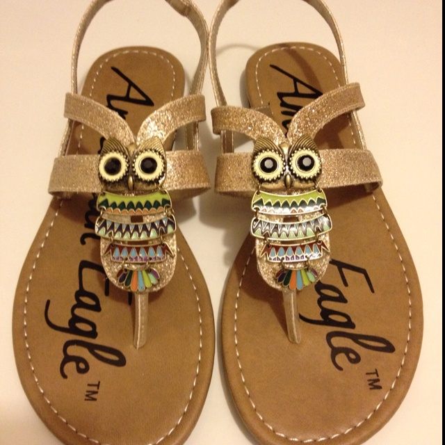 Owl shoes - DIY!!  :)  Is this really a DIY?!?!?!?!?!!?!?!!?!?