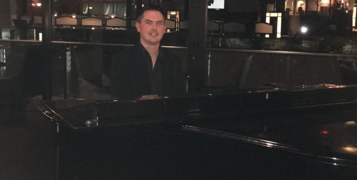 Live Pianist Bernardt James for Weddings