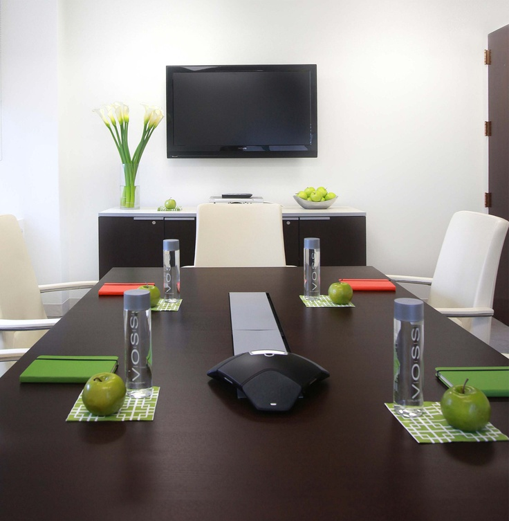 Nyc eco friendly corporate office interior design for Modern conference room interior designs