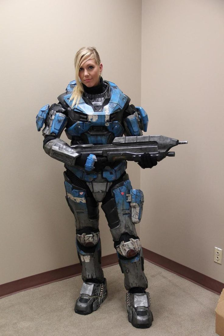 Awesome HALO Spartan cosplay