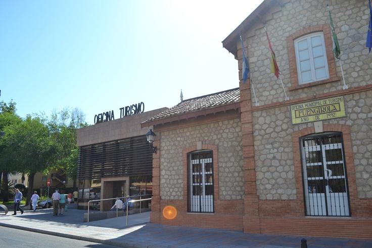 Oficina de Turismo en Fuengirola . Tourist Office.   Avda. Jesús Santos Rein, 6, Tél.952 46 74 57 - Mail: turismo@fuengirola.org
