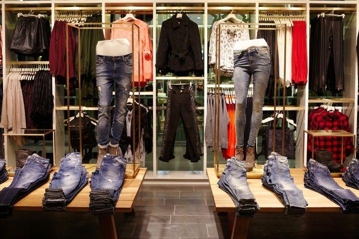 Vero Moda Flagship Store at Alexa Mall by Riis Retail Berlin 13