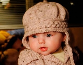 knitnscribble. free patterns Adorable hat.  On revelry but it isn't free