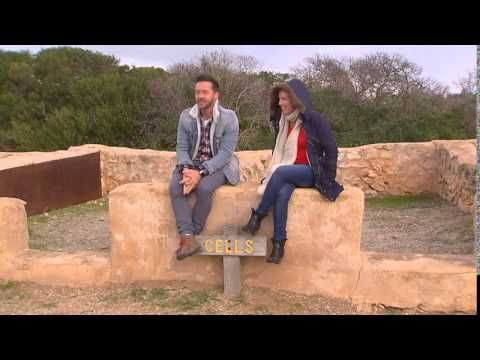 Whats's Up Downunder S05 Ep18 - Exploring Robe South Australia - YouTube