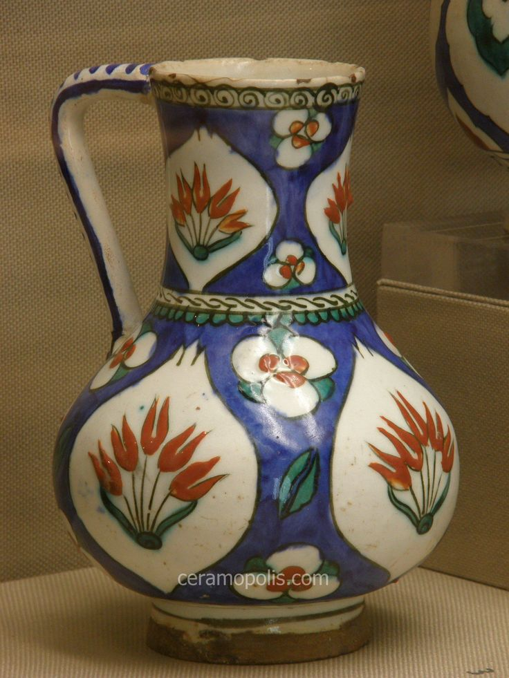 Iznik ceramics represent an amazing technical innovation in the history of Turkish pottery. Description from ceramopolis.com. I searched for this on bing.com/images