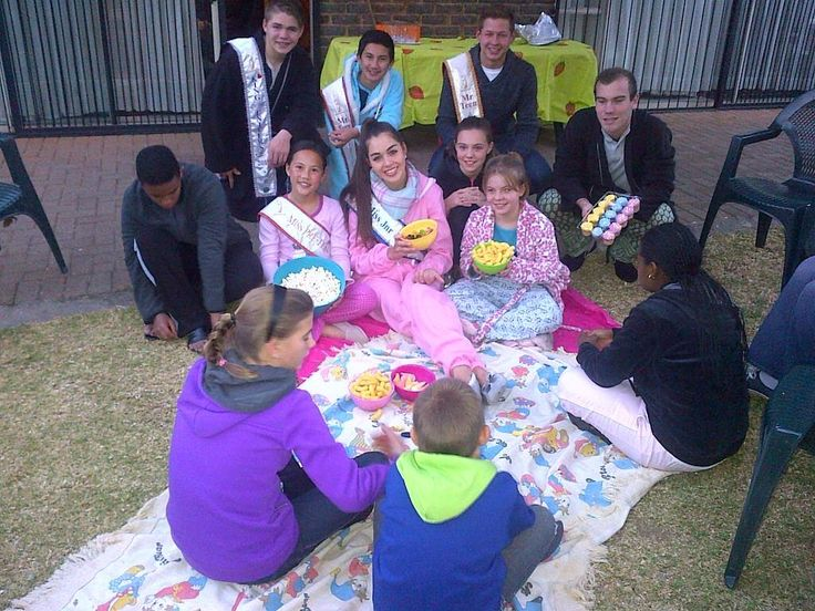 #67minutes for #MandelaDay at ReConnect foster home. A pajama party with the children! Picture: @ElizabethLMing