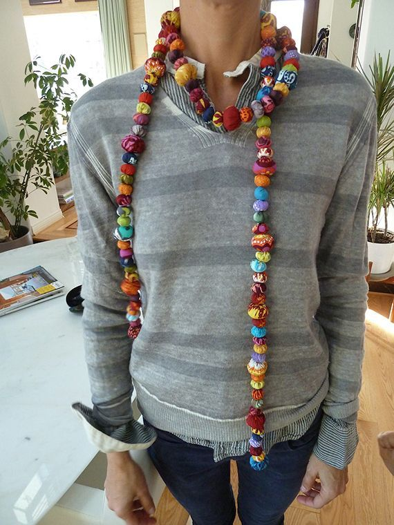 Hand sewing - Fabric Jewelry from Yo-Yos.  From Vivian Peritts via Ty Pennington.