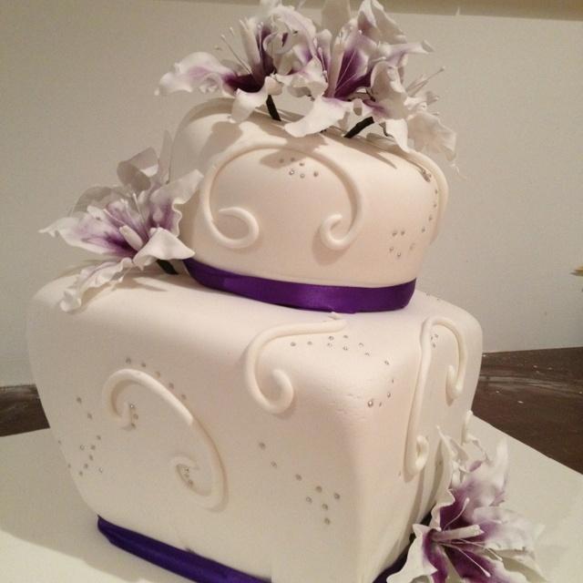 Www.cakestudio.com.au Facebook: Gulapka CakeStudio