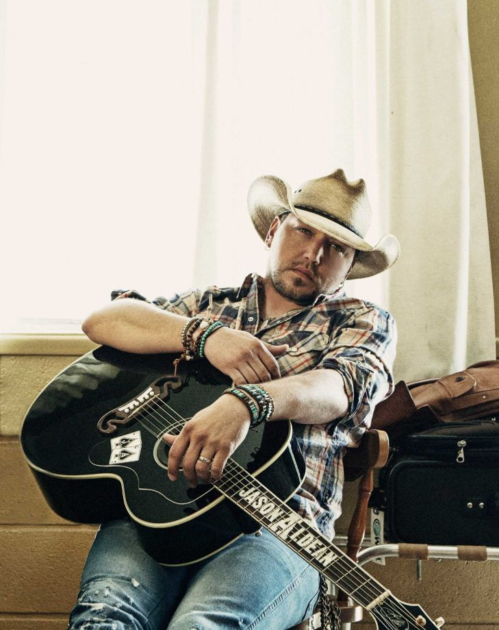 Jason Aldean will perform March 3, 2016, at the Houston Livestock Show & Rodeo.