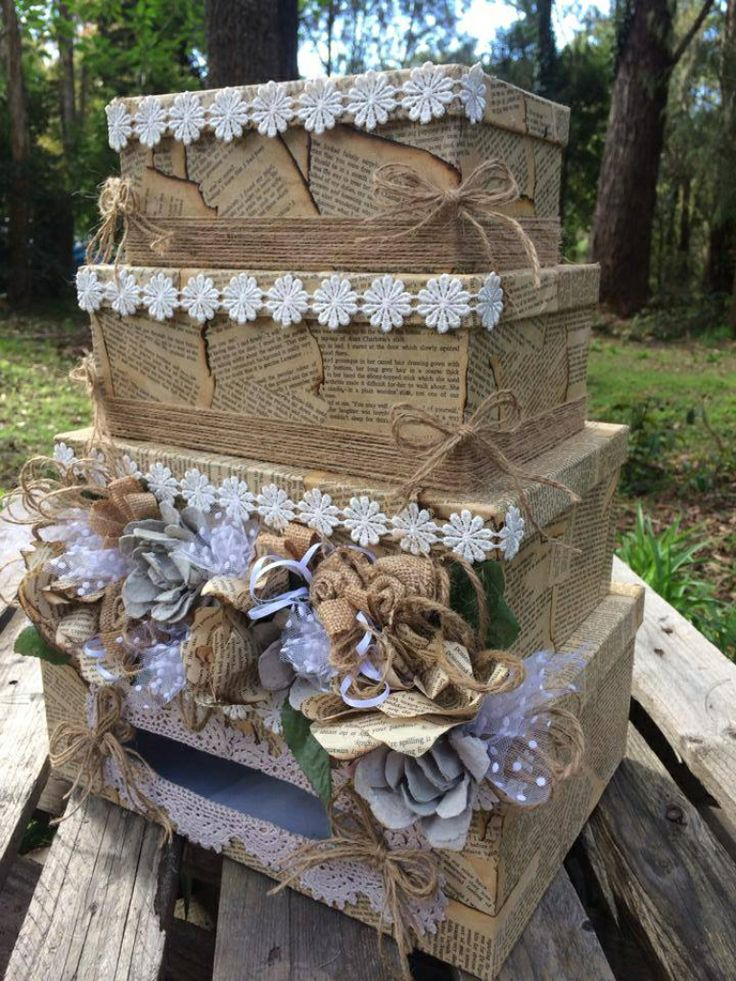 Wedding card box, 3 tiers made with paper, hessian and egg carton flowers !
