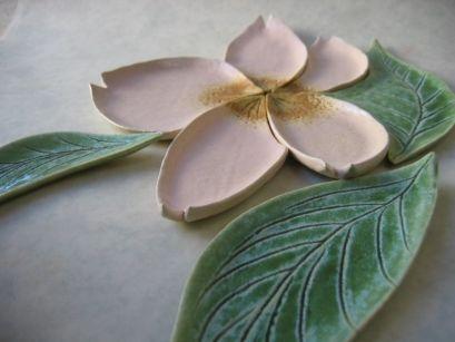 桜のうつわ 結婚式の両親へのプレゼントなら東京の陶芸教室で体験【彩泥窯】