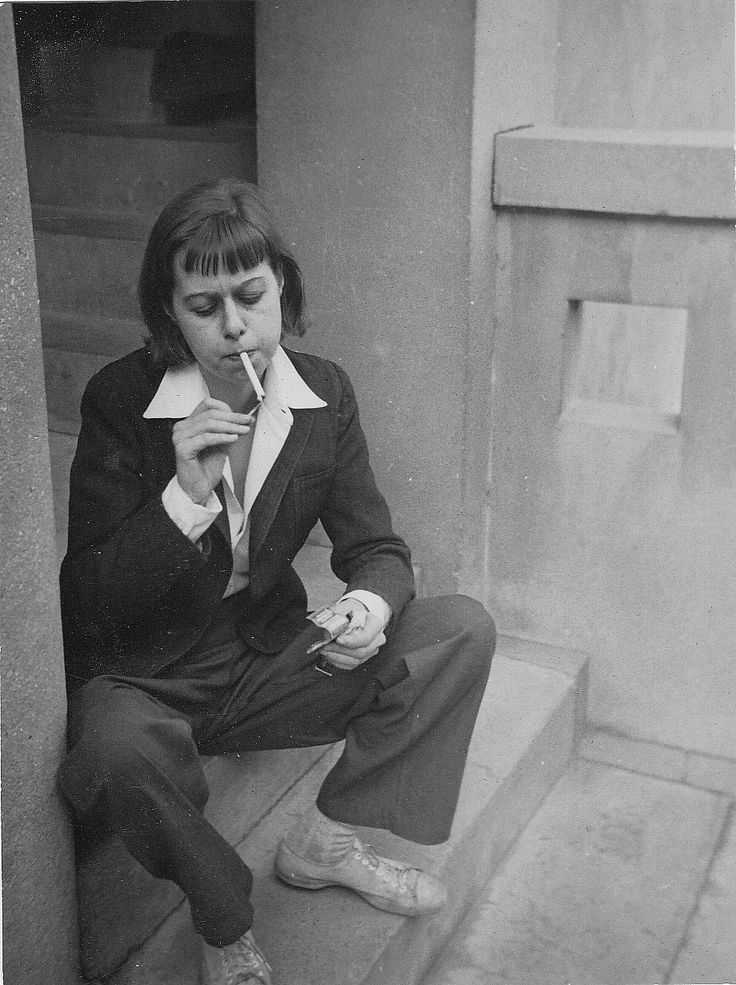 Carson McCullers, 1946, photo by Adam Fischer via bartleby-company