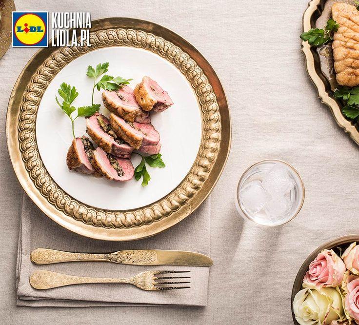 Piersi kaczki faszerowane pieczarkami i serem pleśniowym. Kuchnia Lidla - Lidl Polska. #CyrilKuttene #kaczka #ser #tydzienfrancuski
