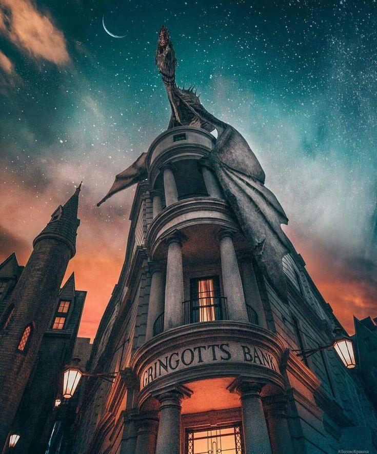 Gringotts (With images) Harry potter background, Harry
