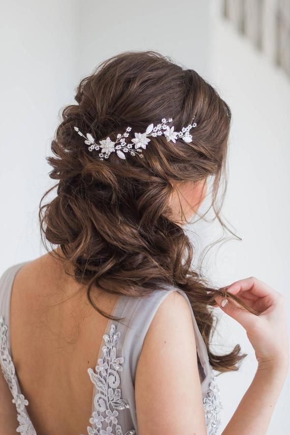 White bridal hair vine with acrylic flowers  ♥ Length: around 4.8 inches (12 cm) ♥ Color: white & silver ♥ Made from acrylic crystals and flowers and jewelry wiring ♥ Can be fixed with hair pins. We do not put pins in the package, but they can be included by clients request. ♥ Can be made #promhair