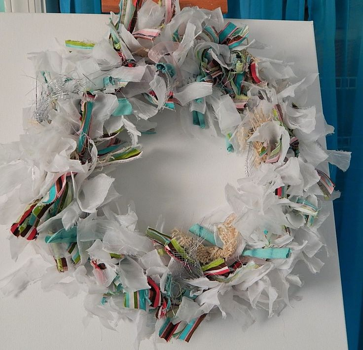 Hometalk | Repurposed Rag Wreath From Old Shirts and Curtains