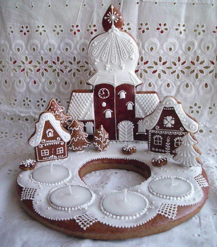 Hungarian gingerbread statue for Advent:) Beautiful