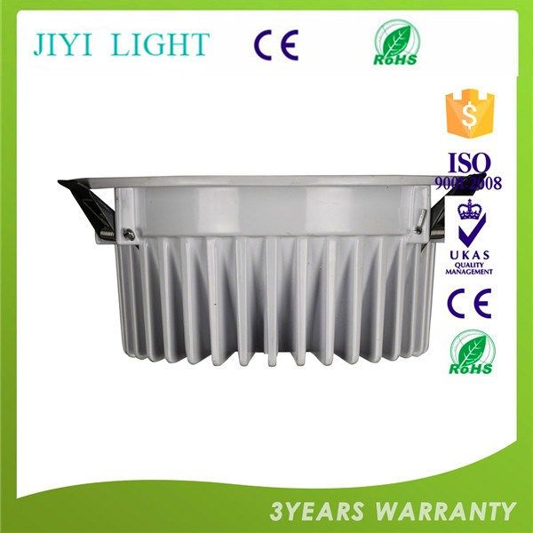 Alta calidad 9 w llevó los downlights, alto cri dimmable llevó el downlight, smd de alta potencia regulable de 9...  I  https://www.jiyilight.com/es/alta-calidad-9-w-llevo-los-downlights-alto-cri-dimmable-llevo-el-downlight-smd-de-alta-potencia-regulable-de-9-vatios-led-downlight-empotrado-saa-argentina.html