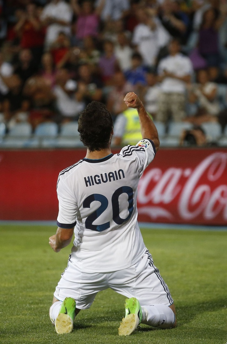 Gonzalo Higuain. Real Madrid.