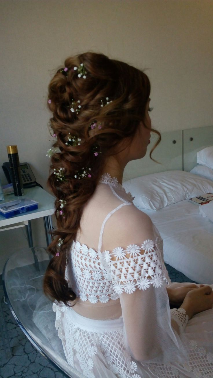 Svatební účes  #weddinghairdo by www.jitkanovotna.com